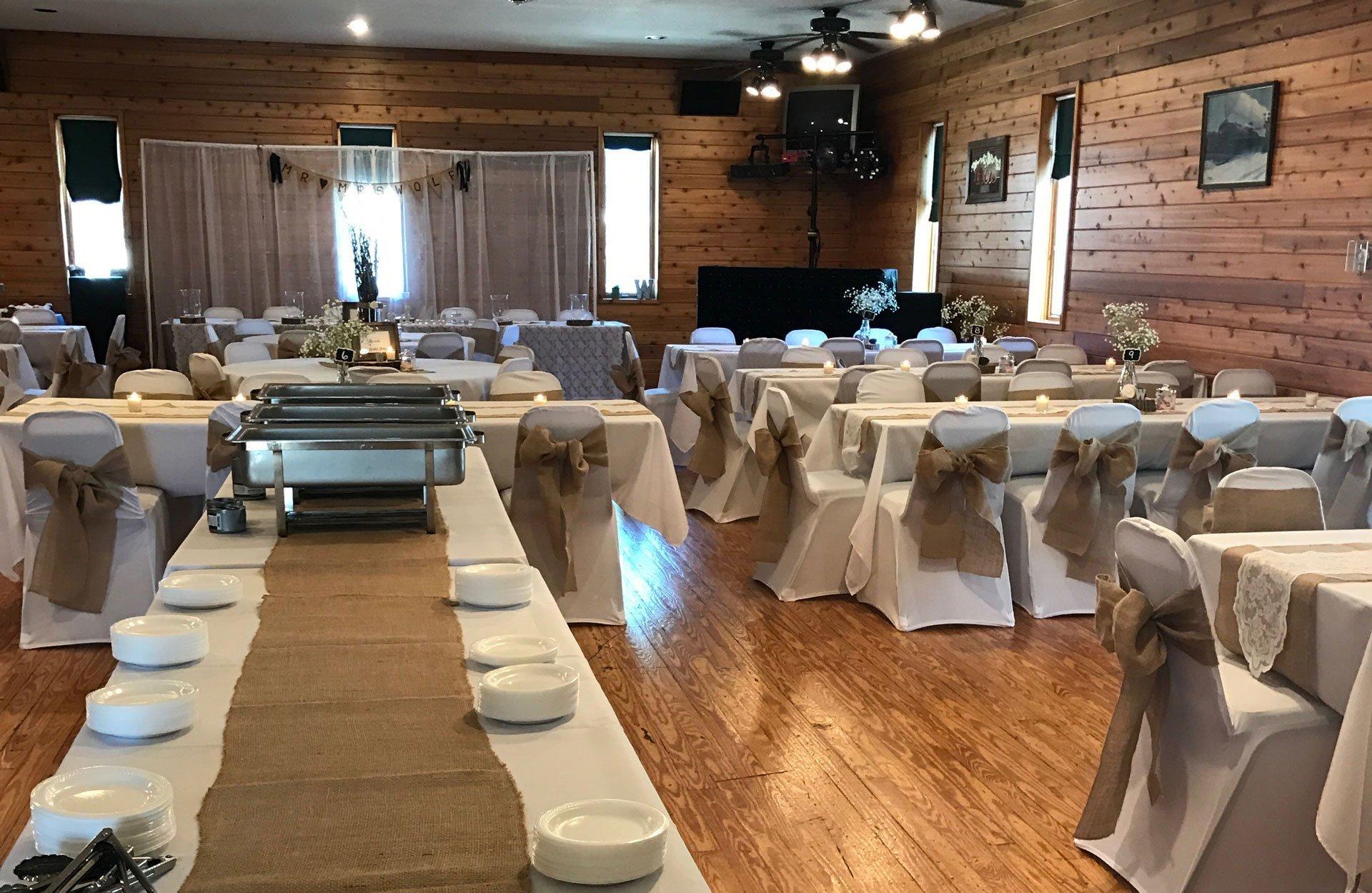 Railside Bar & Grill - Lee County Illinois Tourism